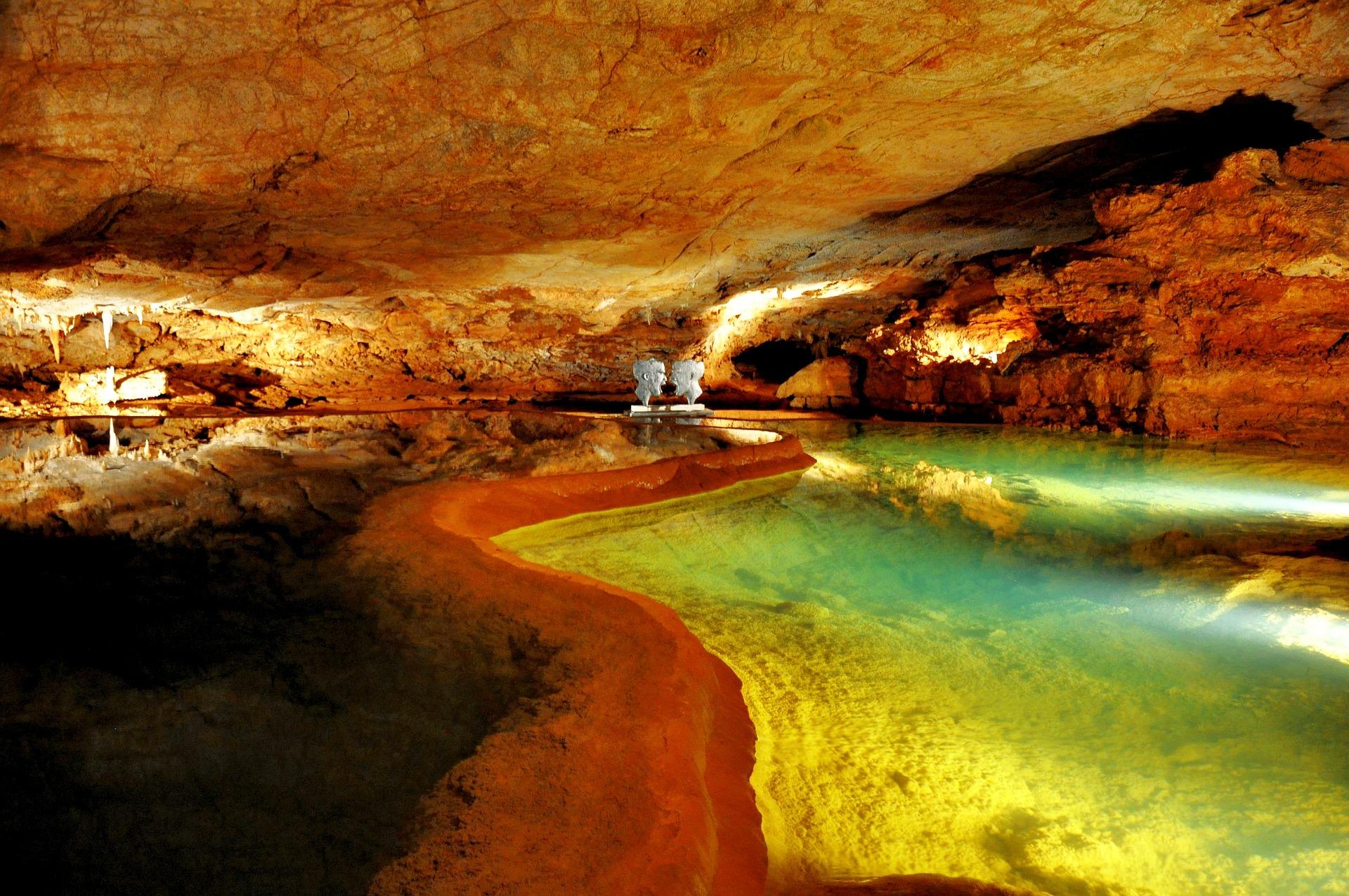 sites touristiques - grotte